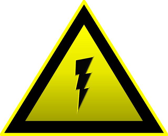 high-voltage-155534_640